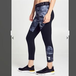 Nike x SoulCycle Rebel Camo Pro 7/8 leggings S